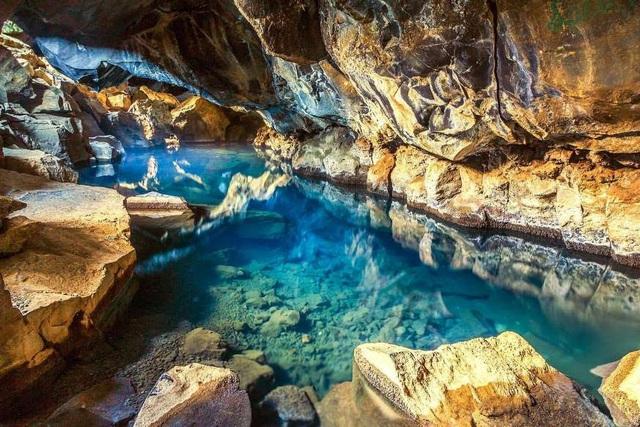 """Khám phá 10 hồ nước ngầm """"đẹp kỳ ảo"""" trên thế giới - Ảnh 5."""