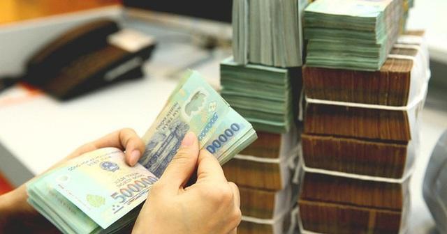 Lãi suất ngân hàng thấp chưa từng có, trái phiếu đắt như tôm tươi - Ảnh 2.