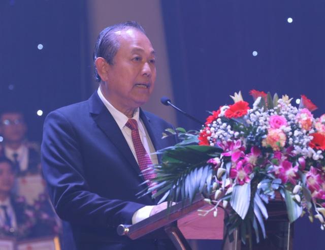 Phó Thủ tướng Trương Hòa Bình: Giáo dục - Đào tạo luôn là quốc sách hàng đầu - Ảnh 1.