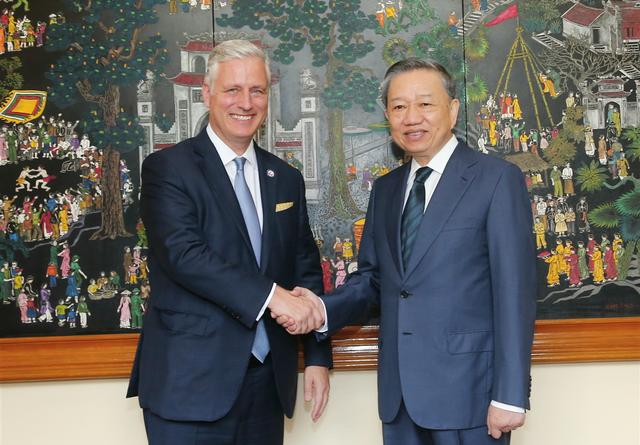 Phó Thủ tướng Phạm Bình Minh cảm ơn Hoa Kỳ hỗ trợ Việt Nam ứng phó COVID-19 và lũ lụt - Ảnh 1.