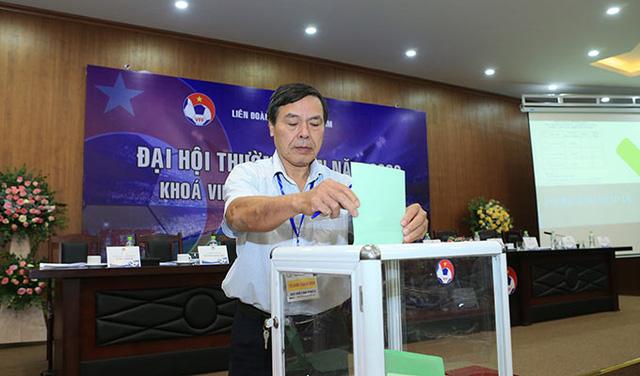 Ông Lê Văn Thành trúng cử Phó chủ tịch phụ trách Tài chính và Vận động tài trợ VFF - Ảnh 1.