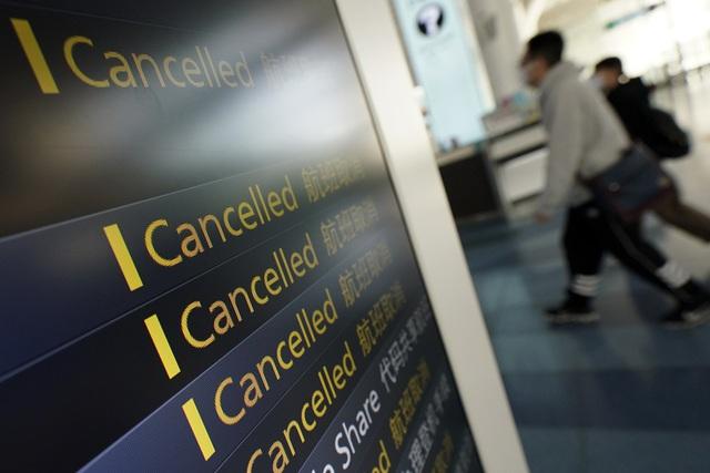 Nhật Bản sẽ ngừng trợ cấp du lịch tại các khu vực có số ca mắc COVID cao - Ảnh 1.