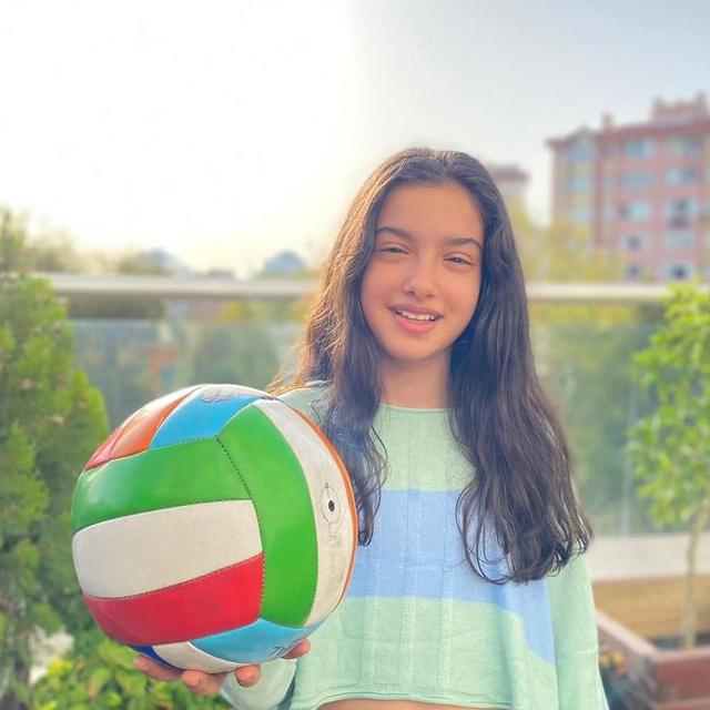 Trái tim phụ nữ: Sau 3 năm, cô bé Nisan giờ đã thành thiếu nữ - Ảnh 5.