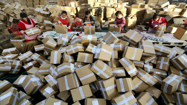 Nan giải bài toán rác thải do bùng nổ thương mại điện tử ở Trung Quốc - ảnh 1