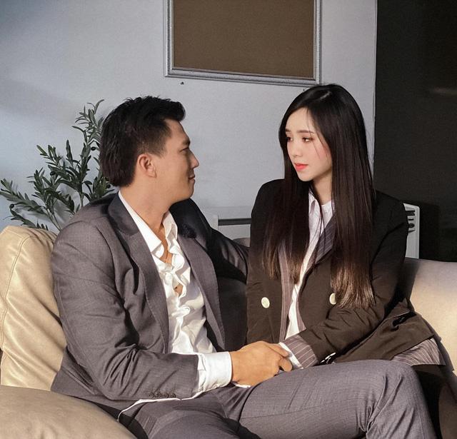 Quỳnh Kool lộ ảnh thân mật với Hà Việt Dũng trong phim mới - Ảnh 2.