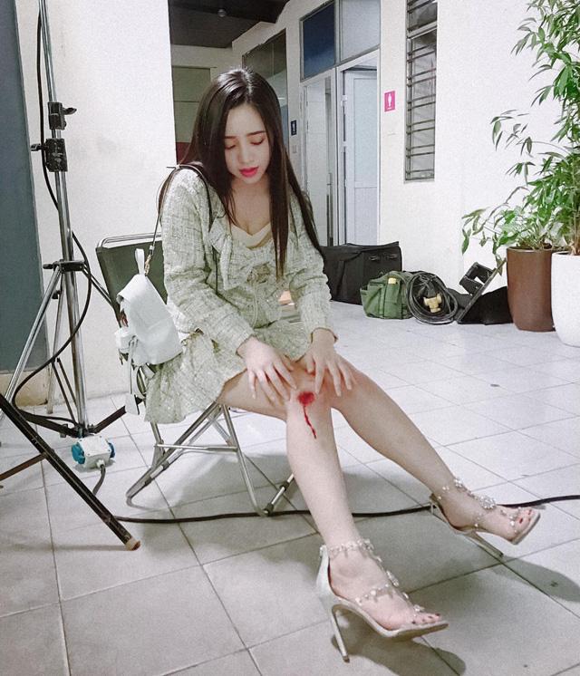 Quỳnh Kool lộ ảnh thân mật với Hà Việt Dũng trong phim mới - Ảnh 6.