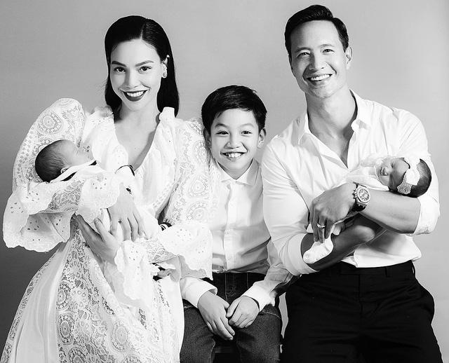 Hồ Ngọc Hà mừng sinh nhật hạnh phúc bên gia đình nhỏ - Ảnh 1.