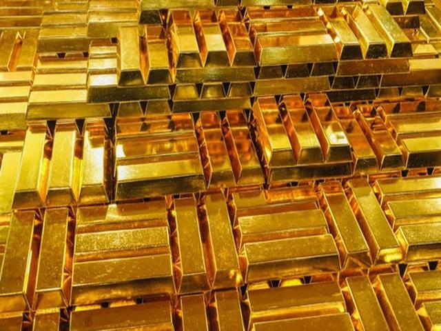 Giá vàng bốc hơi thêm gần 1 triệu đồng/lượng - Ảnh 1.