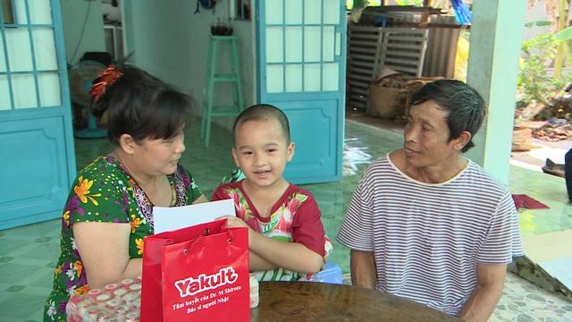 Hỗ trợ phẫu thuật tim miễn phí cho bệnh nhi nghèo 6 tuổi - Ảnh 4.