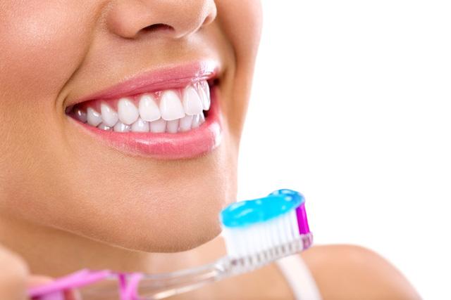 Hàm răng trắng nuôi dưỡng sự tự tin - Ảnh 1.