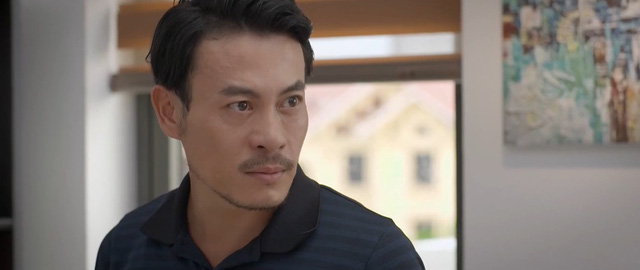 Trói buộc yêu thương - Tập 30: Vừa bị chồng đòi ly hôn, Dung đã có phi công bám đuổi - Ảnh 2.