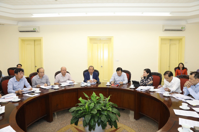 Phó Thủ tướng Thường trực chỉ đạo xử lý một số dự án kém hiệu quả ngành Công Thương - Ảnh 1.