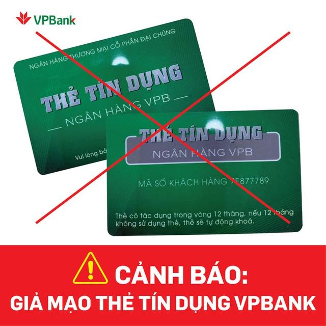 Nhiều ngân hàng cảnh báo thủ đoạn lừa đảo mở thẻ tín dụng giả - Ảnh 1.