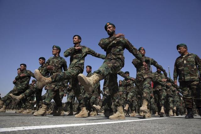 Bắt cóc hàng chục con tin tại miền Đông Afghanistan - Ảnh 1.