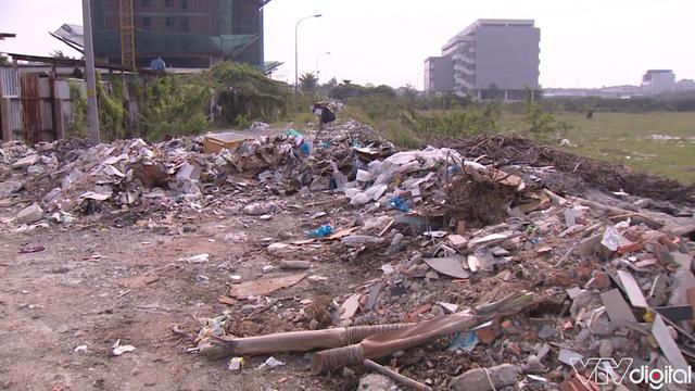 Hàng trăm tấn rác tấn công Khu tái định cư 38 ha ở Quận 12 - Ảnh 4.