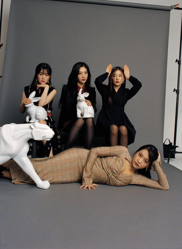Red Velvet tái xuất, vẫn ngẩng cao đầu hậu scandal - Ảnh 2.