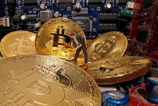 Bitcoin bốc hơi gần 3.000 USD - Ảnh 1.