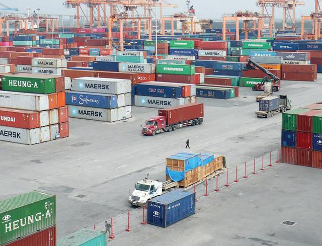 """Dịch vụ logistics: Doanh nghiệp nội vẫn """"lép vế"""" trên sân nhà - Ảnh 1."""
