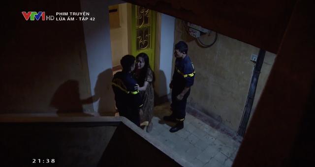 Lửa ấm - Tập 42: Thủy vào khách sạn với Khánh, Minh điên tiết viết đơn ly hôn - ảnh 13