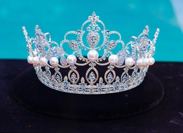 Soi vương miện của Hoa hậu Đỗ Thị Hà với Đỗ Mỹ Linh, Tiểu Vy và Lương Thùy Linh - Ảnh 5.