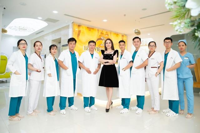 Có gì trong Bệnh viện thẩm mỹ Xuân Hương - Nơi chăm sóc sắc đẹp cho Top 3 Hoa hậu Việt Nam 2020? - Ảnh 3.