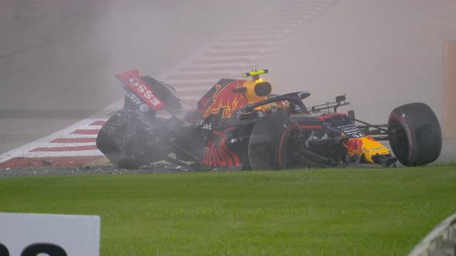 Lewis Hamilton tiếp tục áp đảo ở ngày chạy thử GP Bahrain - Ảnh 2.