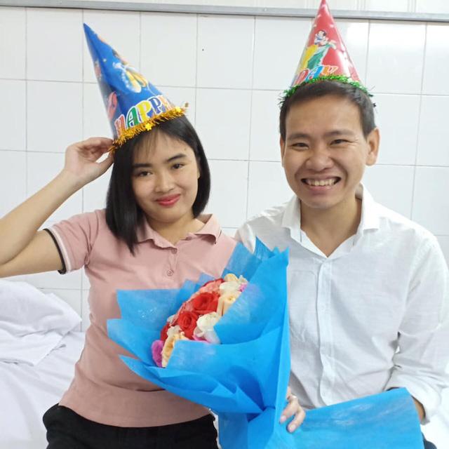 Bệnh nhân ghép gan đầu tiên tại Việt Nam qua đời sau 17 năm nhận tạng từ bố đẻ - Ảnh 2.