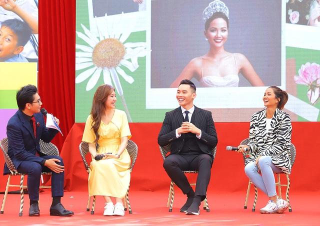H'Hen Niê - Đại sứ phòng chống tảo hôn: Tôi có thể lấy chồng khi 14, 15 tuổi nhưng không... - Ảnh 2.