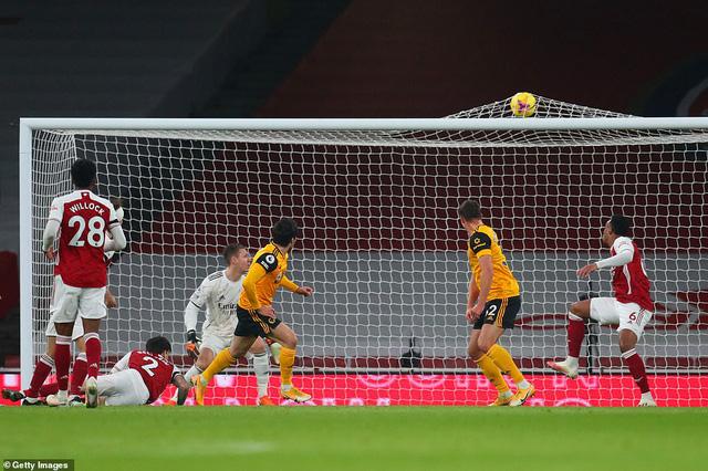 Arsenal 1-2 Wolverhampton: Arsenal tiếp tục trắng tay trên sân nhà (Vòng 10 Premier League 2020/21) - Ảnh 2.