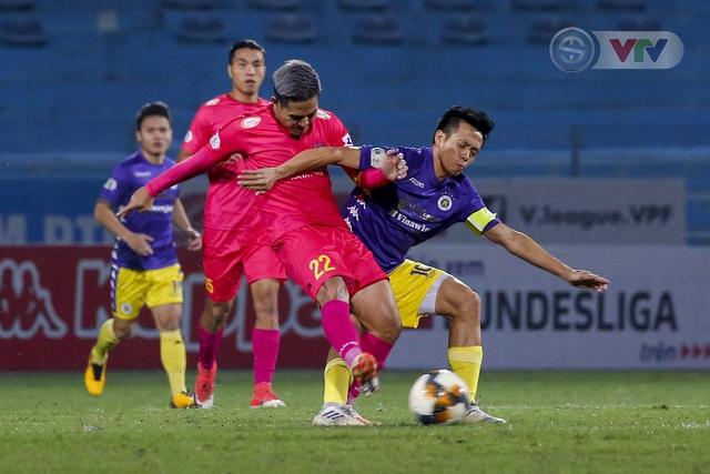 ẢNH: Quang Hải tỏa sáng, CLB Hà Nội loại CLB Sài Gòn khỏi cuộc đua vô địch - Ảnh 2.