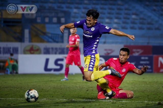 ẢNH: Quang Hải tỏa sáng, CLB Hà Nội loại CLB Sài Gòn khỏi cuộc đua vô địch - Ảnh 3.