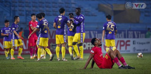 ẢNH: Quang Hải tỏa sáng, CLB Hà Nội loại CLB Sài Gòn khỏi cuộc đua vô địch - Ảnh 17.