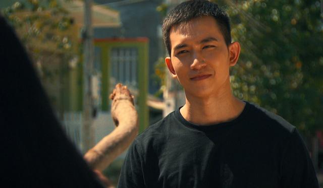 Võ Cảnh tiết lộ thức đêm để tập diễn vai Hùng phim Cát đỏ - Ảnh 2.