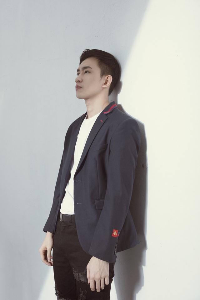 Võ Cảnh tiết lộ thức đêm để tập diễn vai Hùng phim Cát đỏ - Ảnh 4.