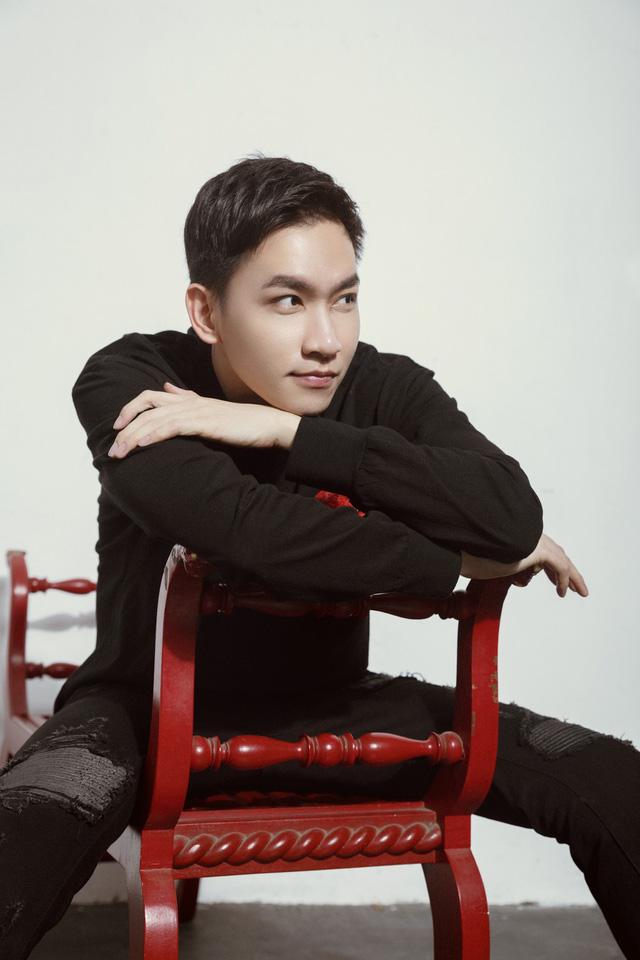 Võ Cảnh tiết lộ thức đêm để tập diễn vai Hùng phim Cát đỏ - Ảnh 3.