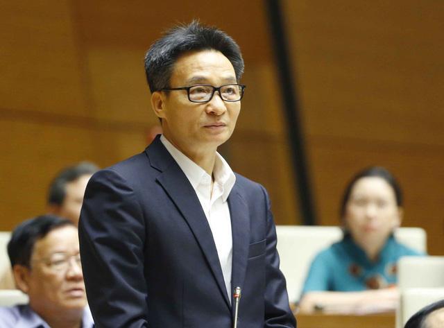 Phó Thủ tướng Vũ Đức Đam trả lời chất vấn vụ Hiệu trưởng ĐH Tôn Đức Thắng bị cách chức - Ảnh 1.