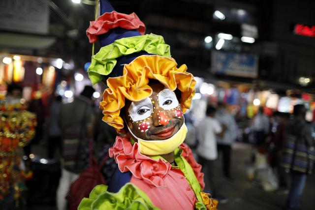 Ấn Độ đứng trước  nguy cơ dịch bệnh nghiêm trọng khi mùa lễ hội đến gần - Ảnh 1.