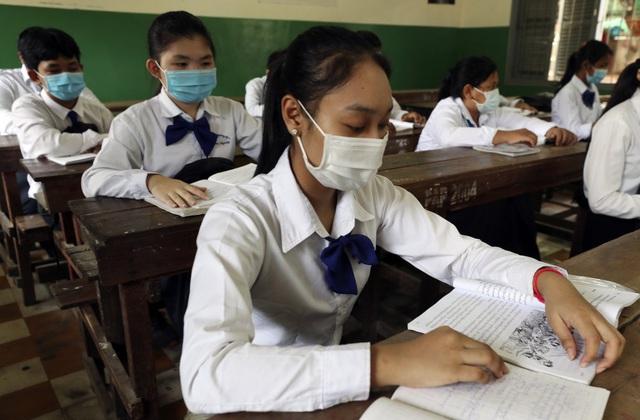 Lây nhiễm COVID-19 trong cộng đồng lan rộng tại Campuchia - Ảnh 1.