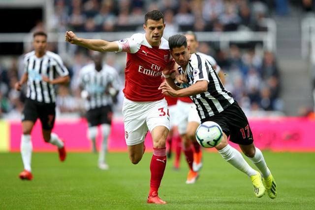 Bốc thăm vòng 3 Cúp FA: Arsenal, Liverpool, Man Utd gặp khó, Chelsea,Tottenham thở phào - Ảnh 1.