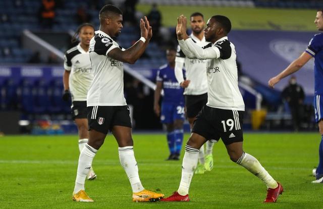 Leicester City 1-2 Fulham: Thất bại bất ngờ (Vòng 10 Ngoại hạng Anh) - Ảnh 1.