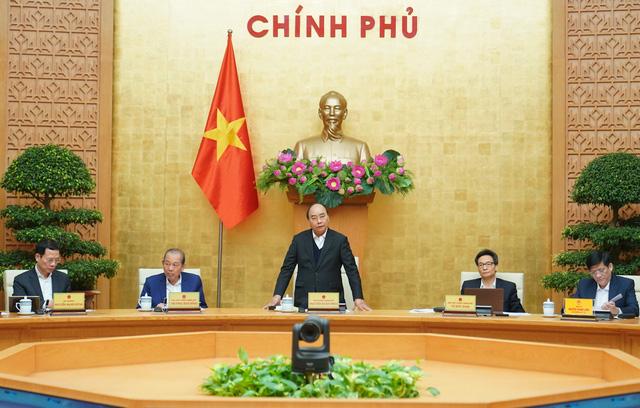 Thủ tướng Nguyễn Xuân Phúc: Tạm dừng các chuyến bay thương mại quốc tế - ảnh 1