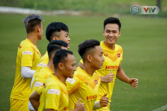 ẢNH: ĐT Việt Nam cười thả ga trong buổi tập thứ 5 - Ảnh 3.