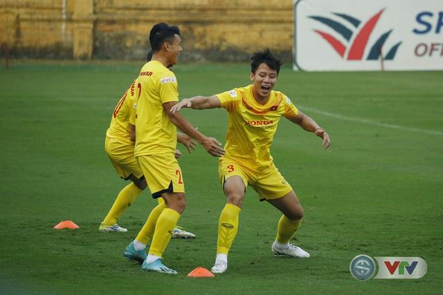 ẢNH: ĐT Việt Nam cười thả ga trong buổi tập thứ 5 - Ảnh 10.