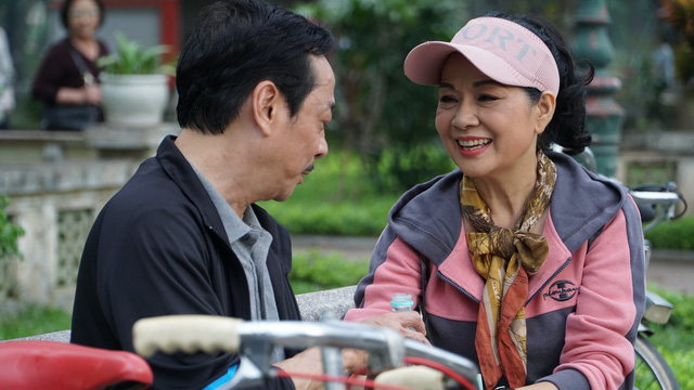 Phim mới Trở về giữa yêu thương: Quy tụ loạt NSND, NSƯT gạo cội của truyền hình Việt - Ảnh 1.