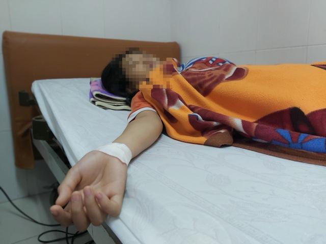 Nữ sinh bị hành hung dã man sau va chạm giao thông ở Tây Ninh - Ảnh 2.