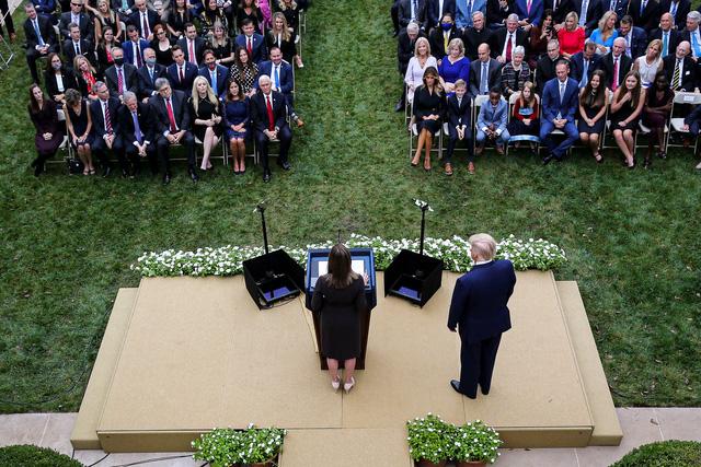 Nhà Trắng sẽ khử trùng toàn bộ trước khi ông Joe Biden tiếp quản - Ảnh 1.