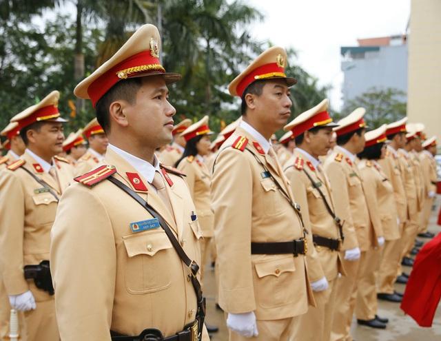 [Ảnh] CSGT ra quân bảo đảm trật tự, an toàn giao thông phục vụ bảo vệ Đại hội XIII của Đảng - Ảnh 4.