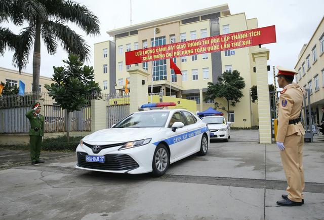 [Ảnh] CSGT ra quân bảo đảm trật tự, an toàn giao thông phục vụ bảo vệ Đại hội XIII của Đảng - Ảnh 12.