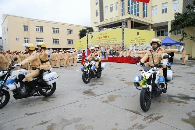[Ảnh] CSGT ra quân bảo đảm trật tự, an toàn giao thông phục vụ bảo vệ Đại hội XIII của Đảng - Ảnh 11.