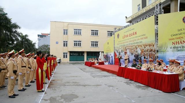 [Ảnh] CSGT ra quân bảo đảm trật tự, an toàn giao thông phục vụ bảo vệ Đại hội XIII của Đảng - Ảnh 9.